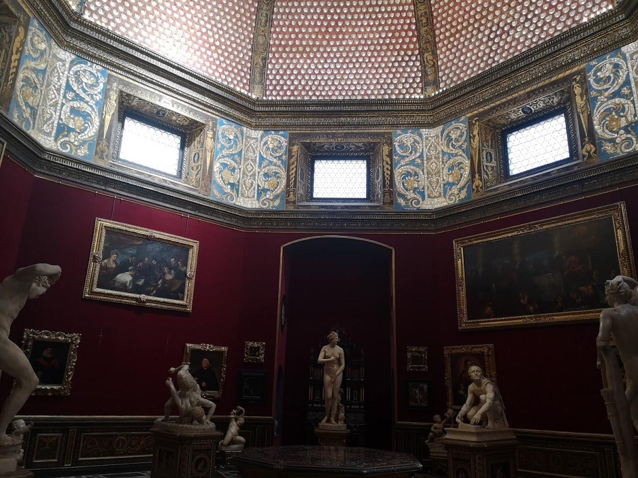 galeria Uffici- florencia - escultura - pintura