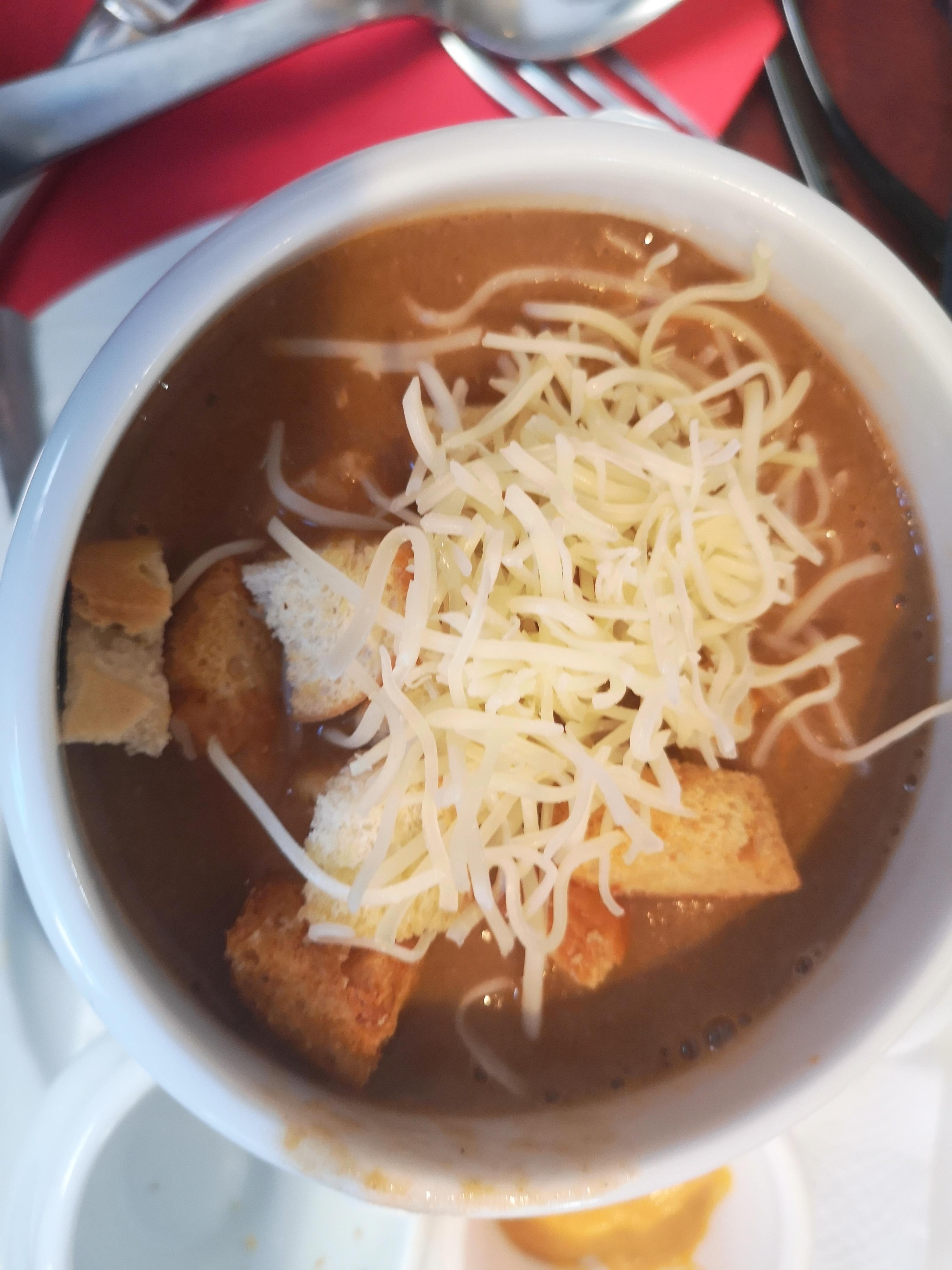 sopa - queso - pan - sopa de marisco