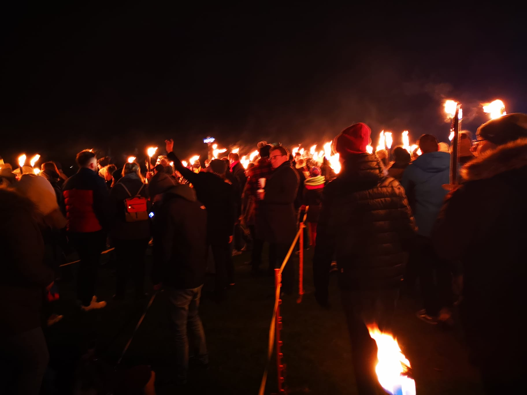 antorchas - edimburgo - personas - fuego