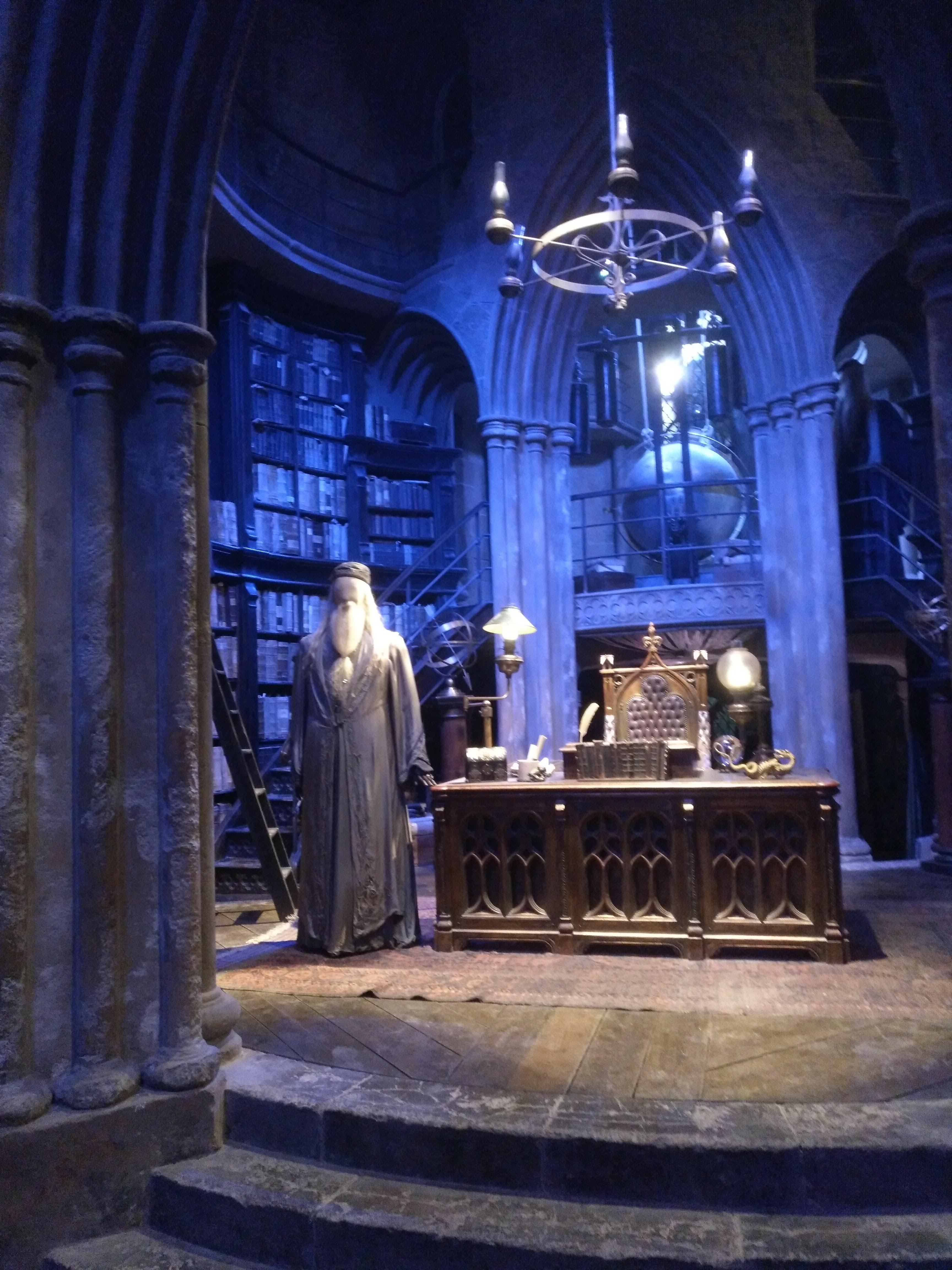 harry potter studios - despacho dummbledore - maniqui - mesa antigua