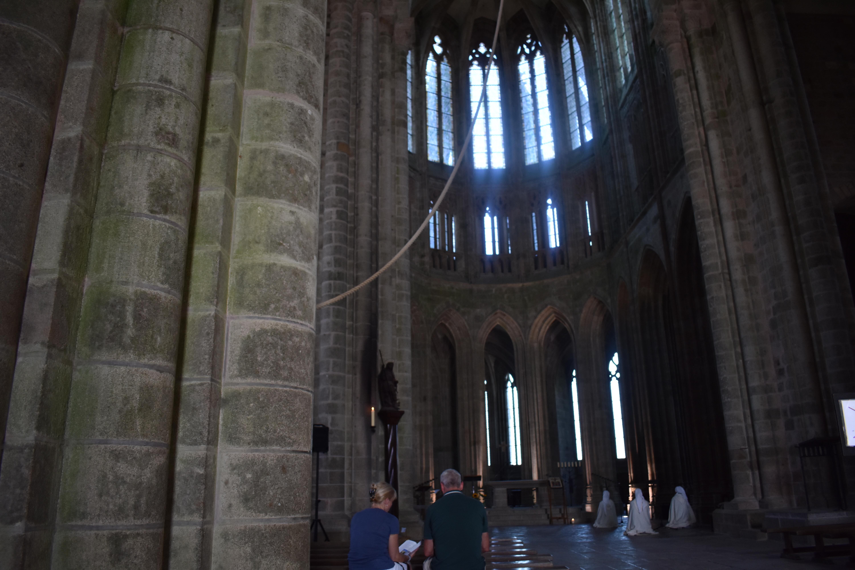 iglesia - ventanas - altar