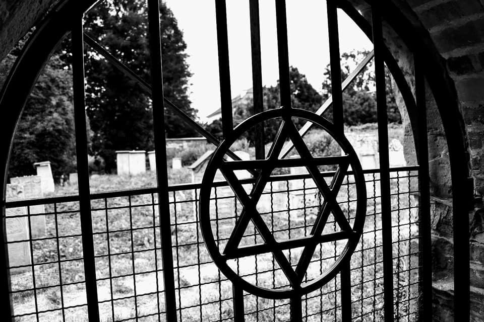 cementerio - estrella de David - sinagog